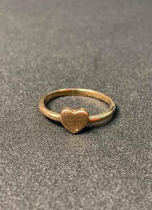 Кольцо золотое 585 пробы.