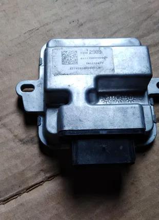 Блок управления топливного насоса 23482909 Opel Astra K