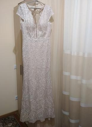 Вечернее выпускное платье в пол