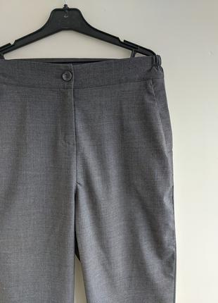 Серые укороченные брюки , широкие брюки , короткие штаны новые
