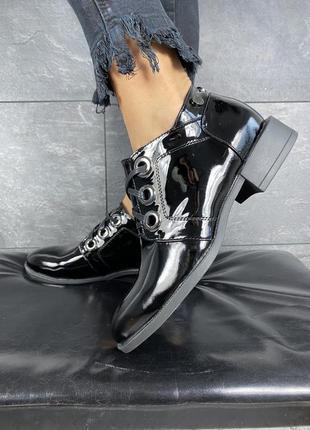 Женские кожаные ботинки полуботинки туфли лаковые