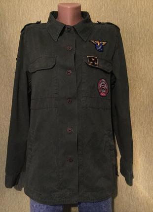 Рубашка пиджак ветровка  в стиле милитари с нашивками atmosphe...