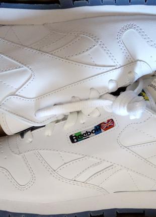ОРИГИНАЛ СТОК Reebok Classic Leather р.39 кроссовки подростковые