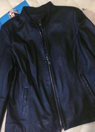 Новая кожаная  классическая куртка!