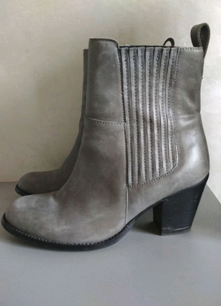 Натуральные кожаные сапоги, ботинки