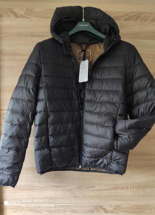 Мужская  черная стеганая куртка