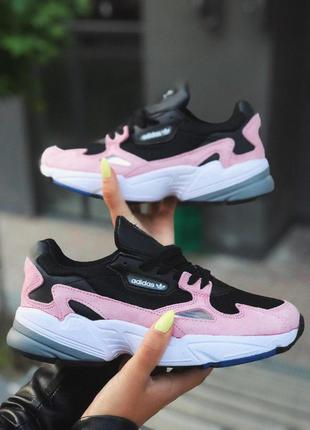 Adidas falcon стильные женские кроссовки адидас в черно-розово...