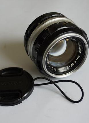 Светосильный мануальный объектив Nippon Kogaku Japan Nikon 50 1.4