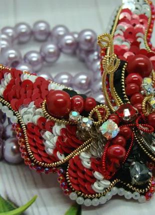 Брошь бабочка Red and White