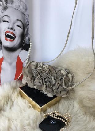 Необычная кожаная сумка кросс боди, натуральная кожа, цветы бл...