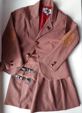 Клетчатый костюм пиджак и юбка в клетку