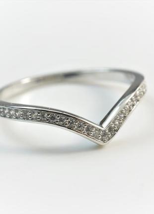 V кольцо серебрянное с камнем серебро 925 пробы 275 грн