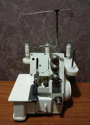 Продам машину швейную краеобметочную промышленную (оверлок)