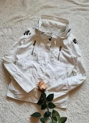 Белая коттоновая куртка ветровка fishbone m размер