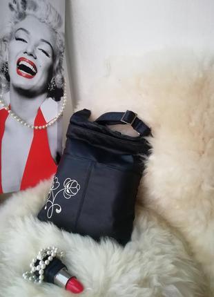 Веселая практичная кожаная сумка через плечо кросс боди, натур...