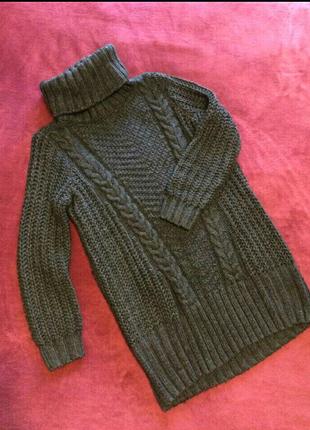 Объёмный классный свитер вместо куртки