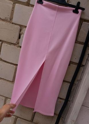Шикарная юбка миди с разрезом спереди раз. s-m