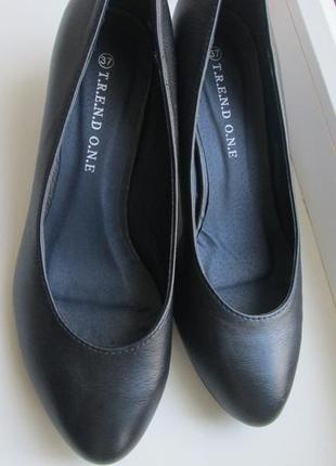 Туфли на низком каблучке