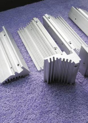 Алюминиевые радиаторы (электроника)