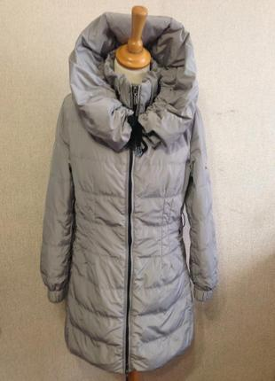 Куртка пуховик жен. moncler,р.s-m,капюшон-трансформер