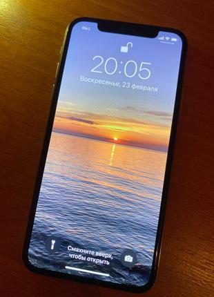 IPhone X -64 GB- идеальное состояние.