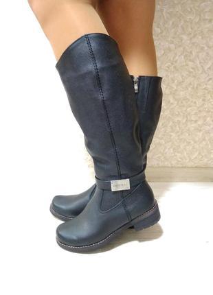 Зимние сапоги черные натуральная кожа, на низком каблуке