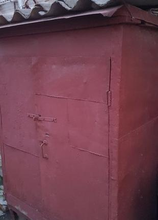 Ящик деревянный Шкаф с полками сейф
