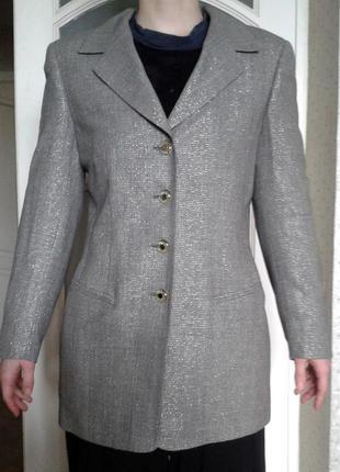 Пиджак женский , escada , новый