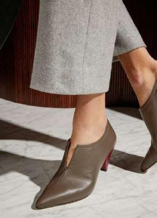 Кожаные серые ботильоны каблук рюмочка ботинки короткие шкірян...