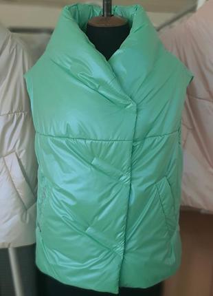 Модный женский стеганый короткий мятный жилет