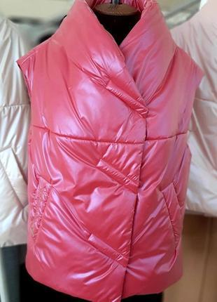 Модный женский стеганый короткий малиновый розовый жилет