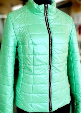 Женская короткая демисезонная куртка мятная