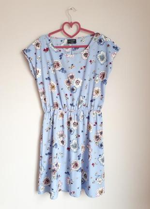 Летнее платье в цветочный принт c&a