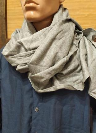 Серый гладкий шарф
