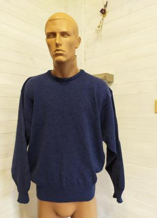 Супер классный  свитер с шерсти ламы ,пуловер в новом состояни...