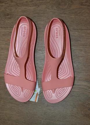 Босоножки Crocs Serena Sandal сандалии розовые Оригинал