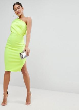 Неоновое неопреновое платье миди на одно плечо  с молнией сбоку