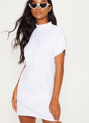 Белое коттоновое платье футболка