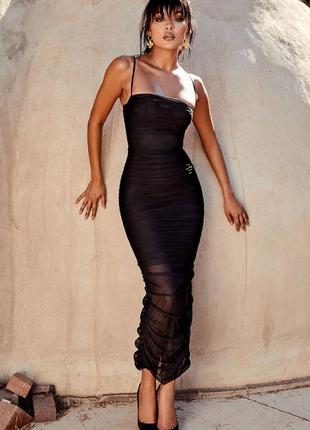 Черное платье сеточка по фигуре,  на бретельках