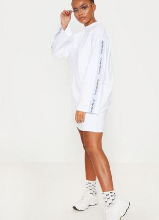 Белое коттоновое  платье футболка с длинными рукавами свободно...