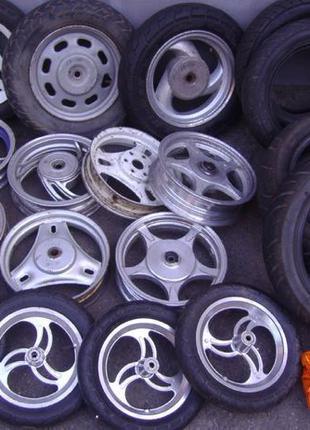 Колесо (шина камера диск) мотошина на скутер/мопед 3.00-10 и 3...