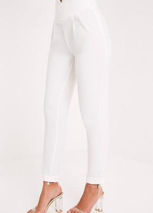 Белые брюки , высокая талия