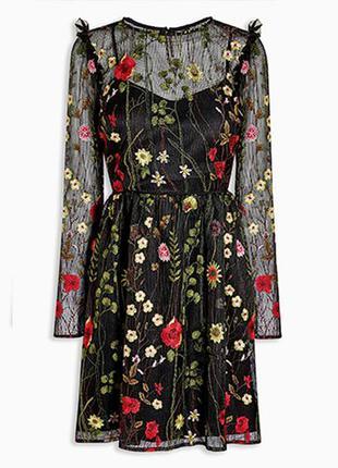 Эксклюзивное платье с вышивкой!!!