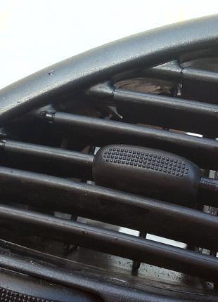 Дефлектор воздуховода 7M1 819 703 E , 95VWA018B09AFW,Volkswagen