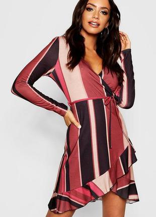 Полосатое платье на запах с оборками и длинным рукавом asos, т...