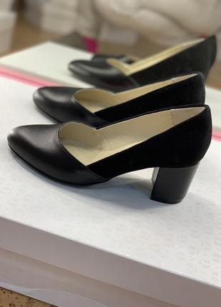 Туфли лодочки из натуральной кожи средний каблук