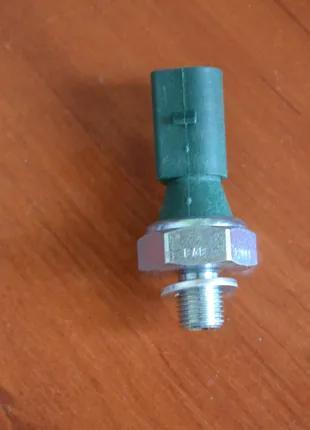 Датчик давления масла FAE 12881, 06A919081C, 036919081D