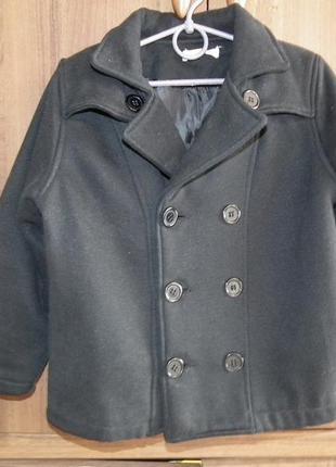 Классическое черное пальто на мальчика 3-4, 5 года