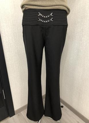 Абсолютно новые с биркой нарядные брюки leo gey