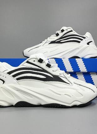 Мужские кроссовки adidas yeezy boost 700 v2
